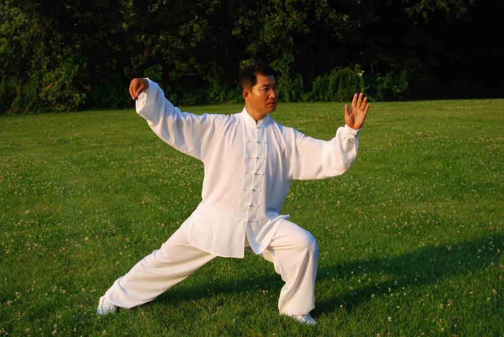 Китайская гимнастика тай чи.